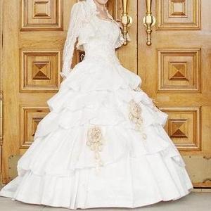Продам шикарное свадебное платье,  московского дизайнера