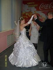Срочно продам свадебное платье (без химчистки)